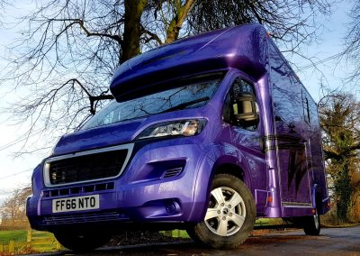 Aeos 4.5 tonne Compact in purple