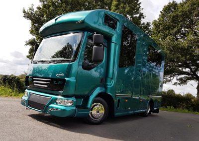 Compact-7.5-tonne-Helios-Horsebox