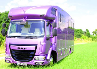 Helios-HGV-horsebox-metallic-purple