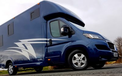 Aeos Hybrid 3.5 horsebox with separate living
