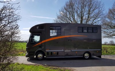 Example of the quality of our used KPH Helios horseboxes for sale