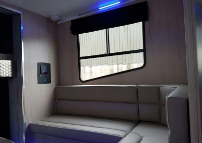 Helios 7.5 horsebox - seating area