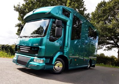 Helios 7.5 tonne Compact horsebox in metallic green