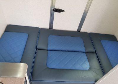 Aeos 4.5 Weekender - Interior Seats