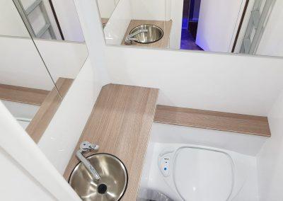 KPH Helios - Toilet & Sink
