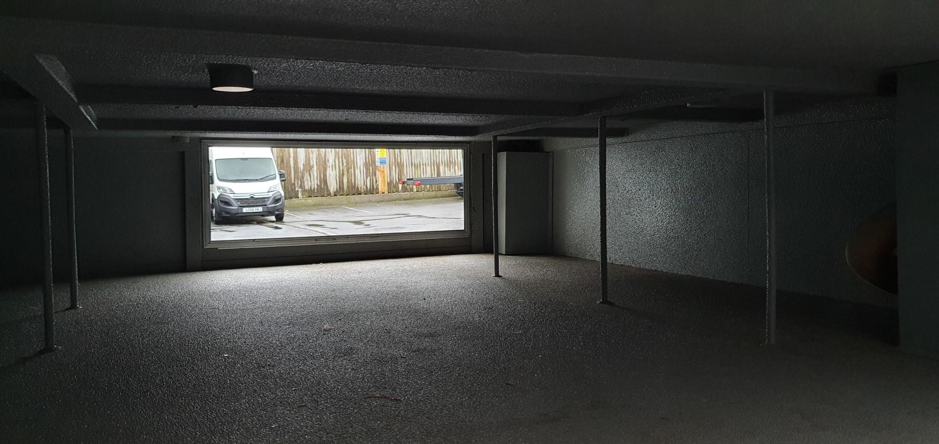 Underfloor storage