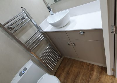 Kinkell Helios HGV - toilet and sink